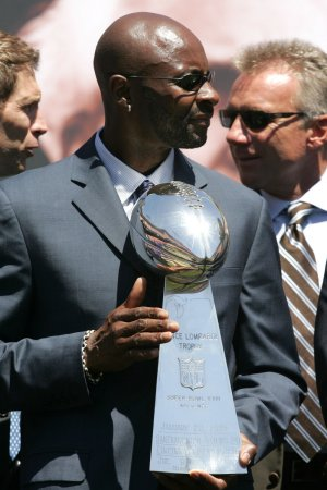 Jerry Rice leads Hall of Fame finalists
