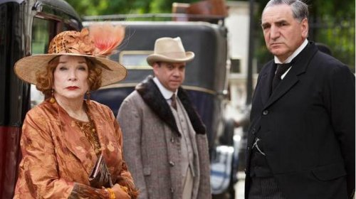 Downton Abbey Christmas special trailer released