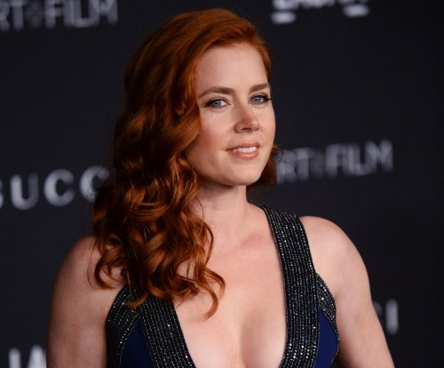 Amy Adams says she always wanted to work with 'Big Eyes' director Tim Burton