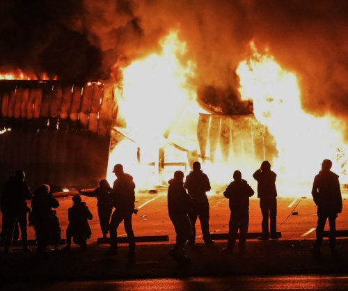 Justice Dept.: Ferguson police officer's actions not a 'prosecutable violation'