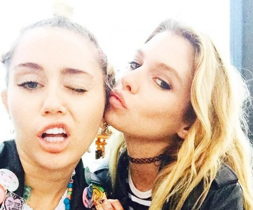 Miley Cyrus linked to model Stella Maxwell