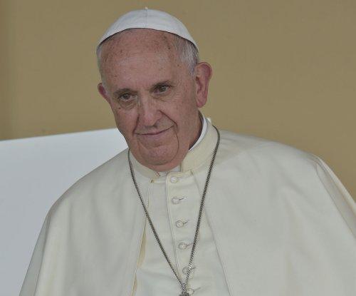 Pope Francis invites Oprah, Matt Damon and others to Vatican