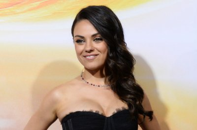 Mila Kunis, Kristen Bell, Christina Applegate slated for mom comedy