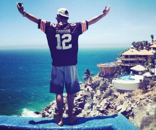 Johnny Manziel claims he's going sober July 1 – right after Cabo