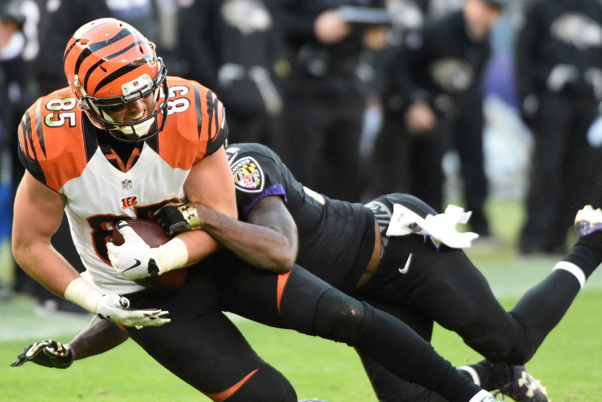 Cincinnati Bengals TE Tyler Eifert has back surgery UPI