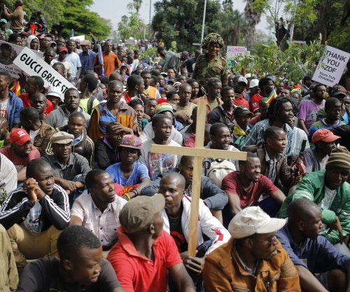 Protesters demand resignation of Zimbabwe President Mugabe