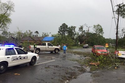 At least 33 dead after storm, numerous tornadoes hit Southeast