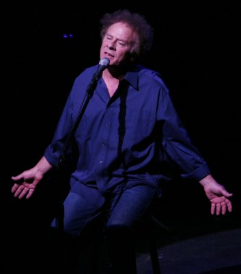 Art Garfunkel to record the old hits