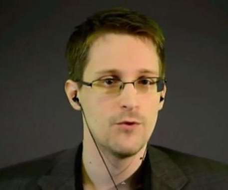 Snowden hopes to return to U.S., says he's weary of tech