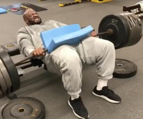 Pittsburgh Steelers LB James Harrison shows off insane strength in workout video