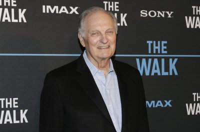 Alan Alda to receive SAG's 2018 Life Achievement Award