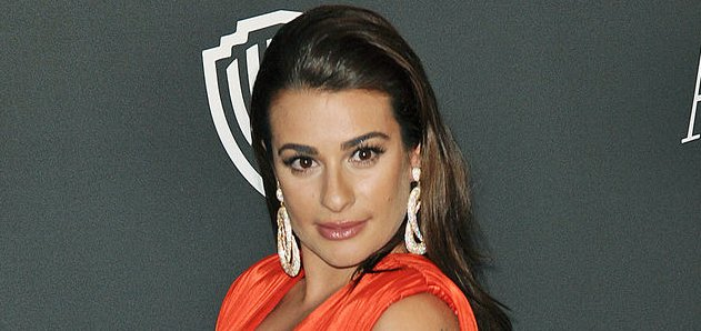 Lea Michele Chops Her Long Locks Then Un Cuts Them Update Upi Com