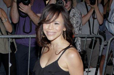 Rosie Perez says she identifies as 'quasi-straight'