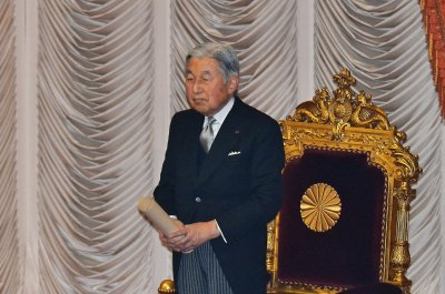 Filipino 'comfort women' seek answers from Japanese Emperor Akihito