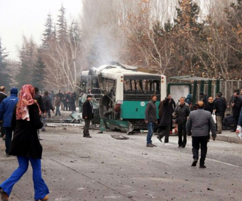 13 Turkish soldiers killed, 55 wounded in car bomb explosion