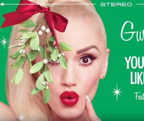 Gwen Stefani, Blake Shelton release Christmas single