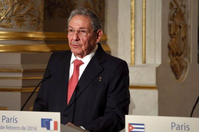 Raul Castro to remain president of Cuba until April