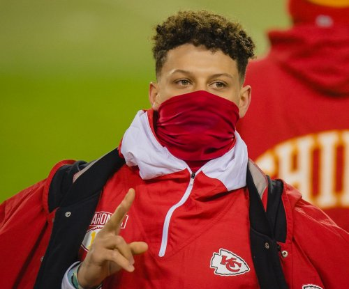 Chiefs' Patrick Mahomes remains in concussion protocol before AFC Championship