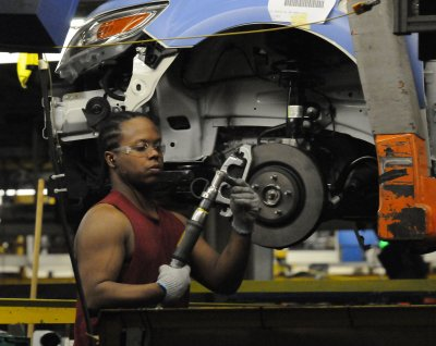 Ford offers hourly workers buyout plan