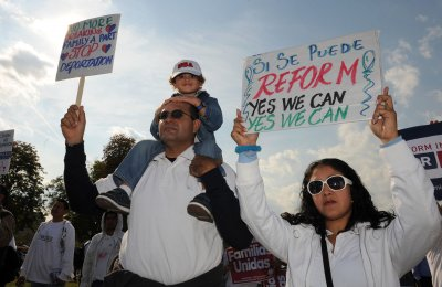 Immigration reform risky for incumbents