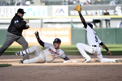 Minnesota Twins blank Chicago White Sox behind Milone's strong start