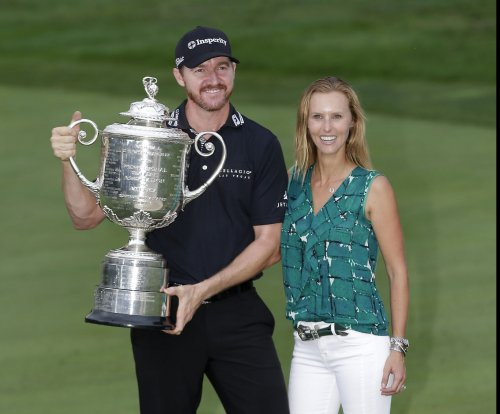 PGA Championship: Jimmy Walker edges Jason Day for first major title