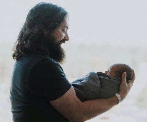 Clay Cook of the Zac Brown Band welcomes first child