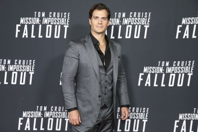 Henry Cavill to co-star with Millie Bobby Brown in 'Enola Holmes'