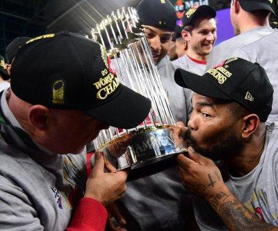 Dodgers, Yankees among World Series favorites as spring training starts