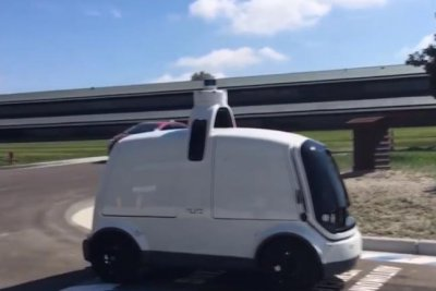 Domino's testing pizza delivery robot in Texas
