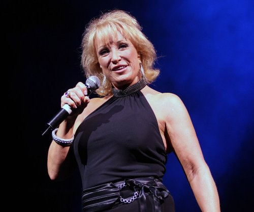 Tanya Tucker being hospitalized due to illness, postpones six concerts