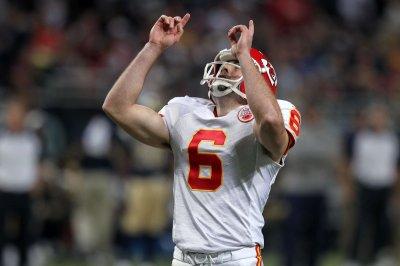 Tennessee Titans stun Kansas City Chiefs on Ryan Succop's last-second field goal
