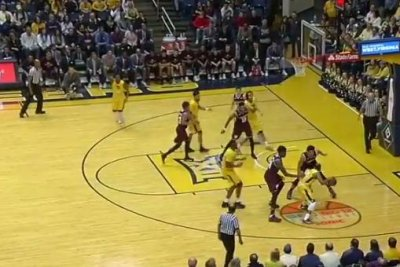 No. 18 West Virginia staves off Texas A&M