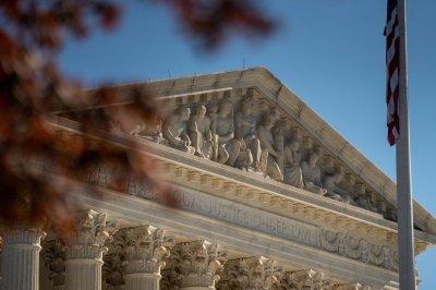 Supreme Court weighs shorter sentences for crack cocaine offenses