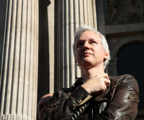 Cash-strapped WikiLeaks suspends operations