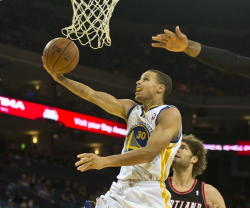Golden State Warriors try for 16th straight win against New Orleans Pelicans