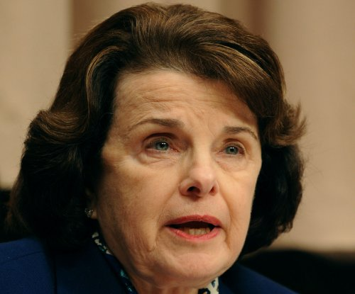 Feinstein: Netanyahu arrogant for saying he speaks for all Jews