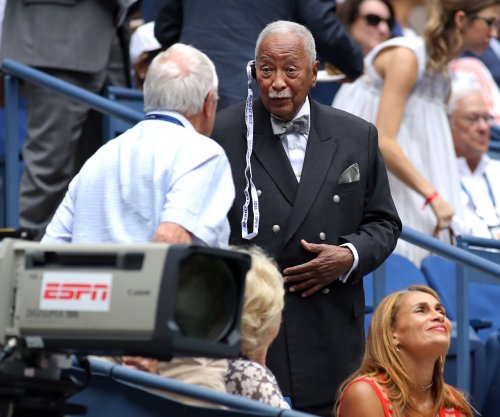 Ex-N.Y. mayor David Dinkins sued in hit-and-run crash claim