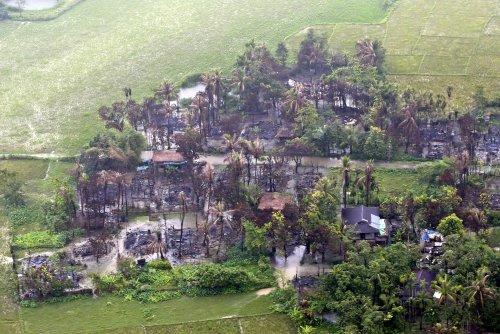Amnesty International: Rohingya militants massacred Hindus in Myanmar