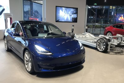 Tesla to start delivering Model 3s in China on Monday