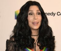 Cher recalls first hearing 'I Got You Babe' on 'Late Show'