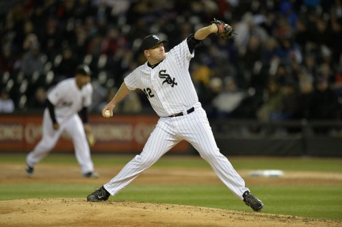 White Sox defeat Boston Red Sox 2-1