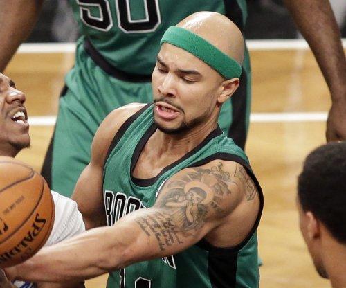 Boston Celtics hold off New Orleans Pelicans