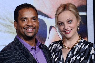 Alfonso Ribeiro to host 'Dancing with the Stars' in Tom Bergeron's absence