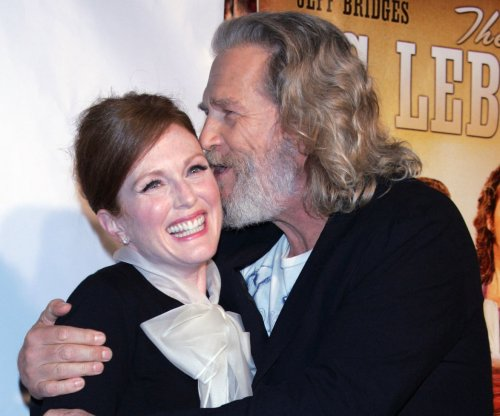 'Big Lebowski' stars Jeff Bridges and Julianne Moore reunite for 'Seventh Son'