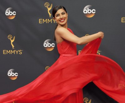 Priyanka Chopra thanks fans for support after she is hurt on 'Quantico' set