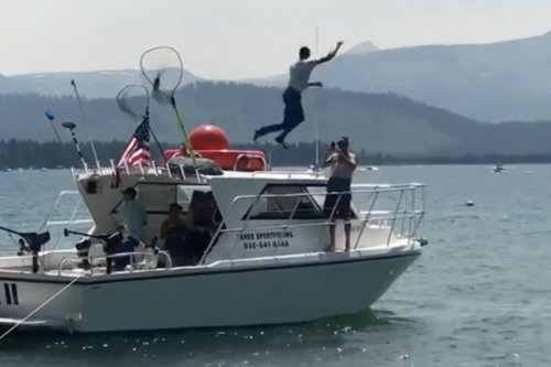Steph Curry loses bet against dad, jumps into Lake Tahoe