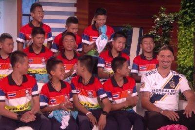 Zlatan Ibrahimovic surprises Thai soccer players
