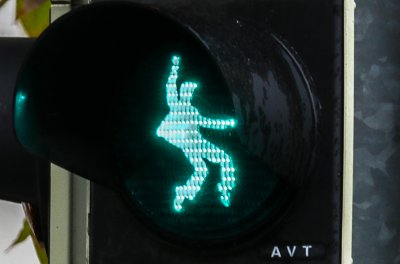German town installs Elvis-themed crossing signals