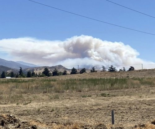 Apple Fire spreads, prompting new evacuation warning